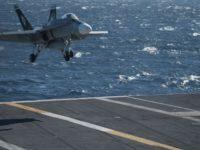 La US Navy aterriza un avión en un portaaviones por control remoto