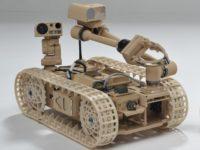 Si un robot militar cae, se puede levantar