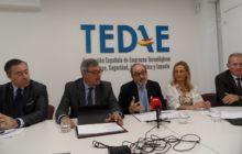 En la presentación intervinieron (de izquierda a derecha): Cesar Ramos, director general de TEDAE, Alfredo Martinez (aeronáutica), Jaime de Rábago, presidente de la patronal, Susana Lapique (defensa) y Jorge Potti (espacio)