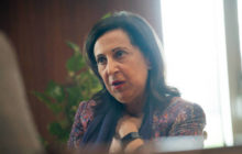 Para la ministra Robles es prioritario plasmar en los próximos PGE los programas de armamento